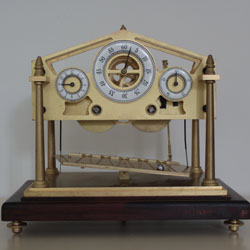 An inexpensive Chinese Congreve rolling ball clock